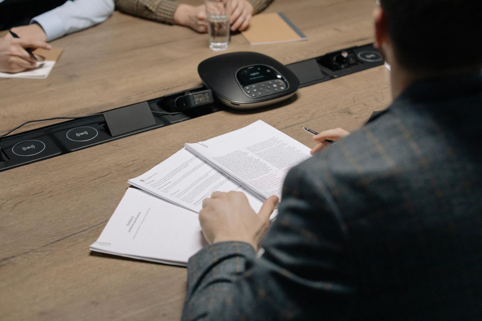Зарегистрирован приказ Минздрава России, утвердивший временный порядок допуска к работе в 2021 году