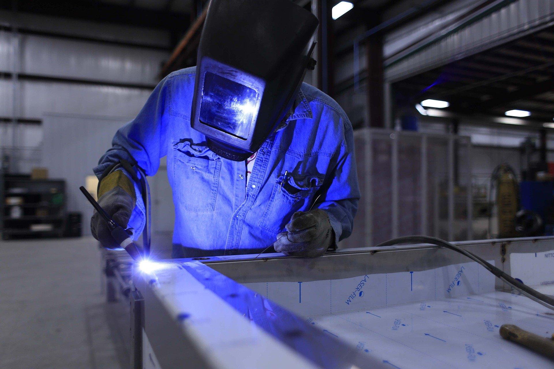Утвержден профстандарт «Специалист в сфере промышленной безопасности»