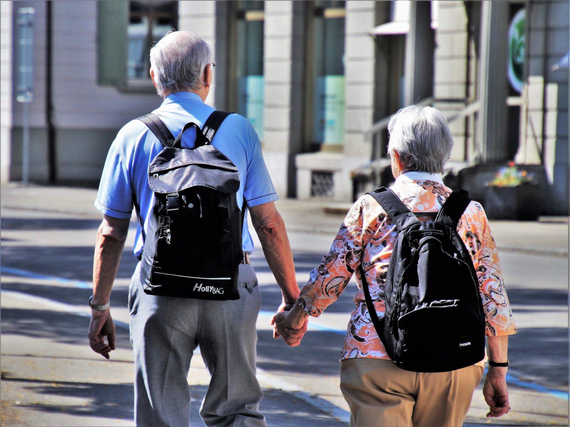 Законопроект об отсрочке повышения пенсионного возраста внесен в Госдуму