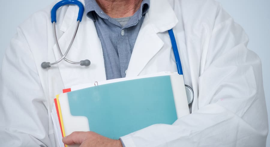 Новые профессиональные стандарты в медицине: «Врач-онколог» и «Врач-диетолог»