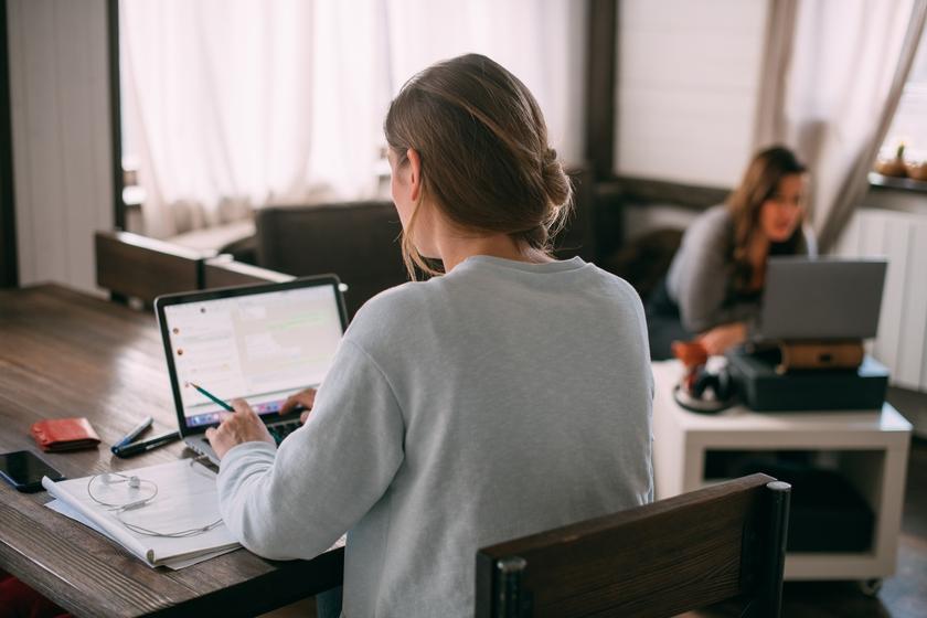 Можно ли привлечь к работе в выходной сотрудника, проходящего повышение квалификации?