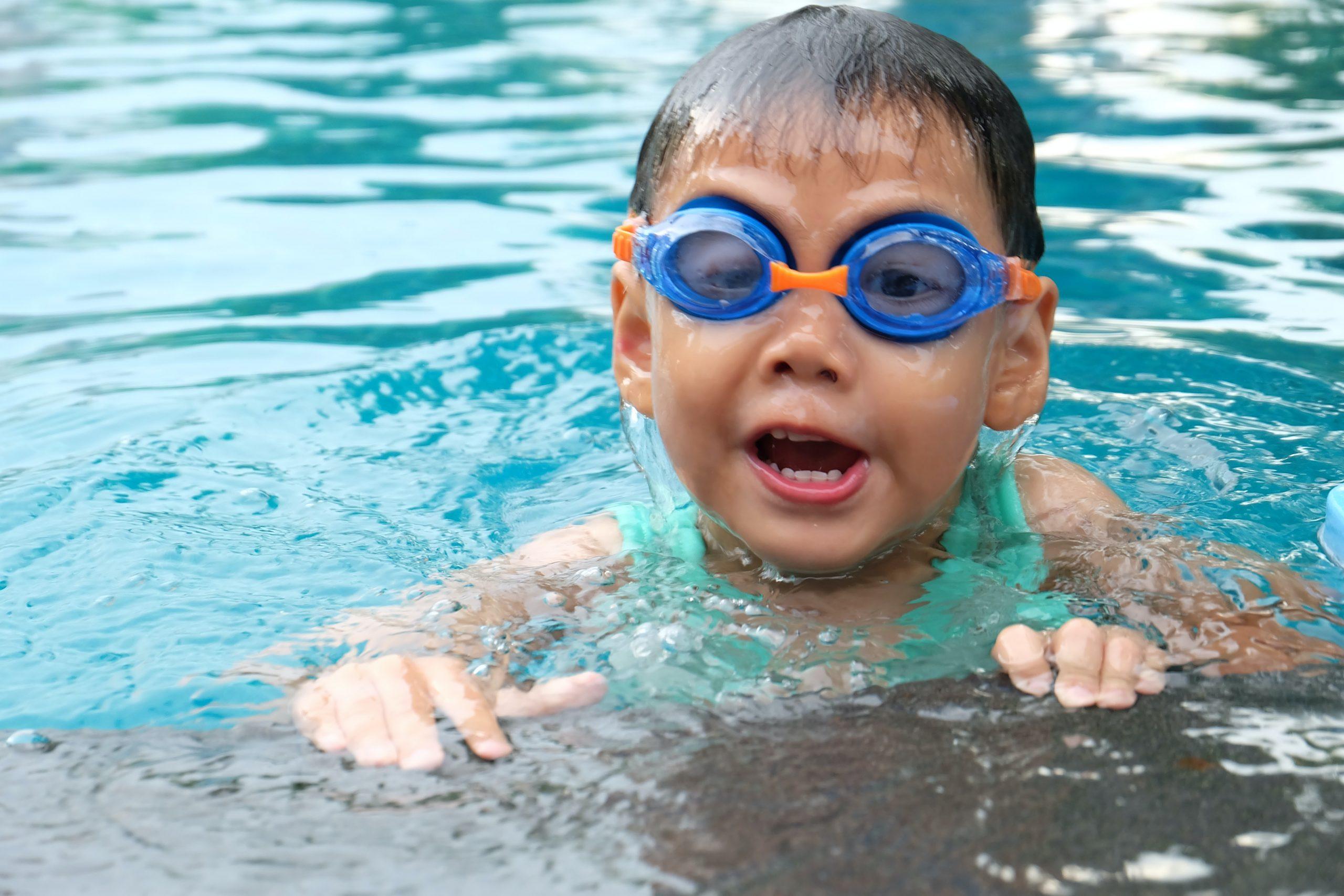 В школах планируют ввести обучение по плаванию